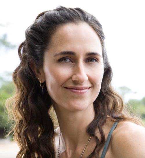 World Class Yoga Teacher Returns toGloucester
